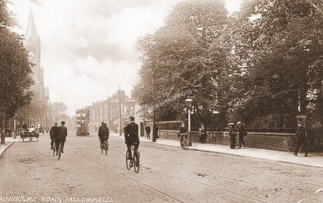 Wilmslow Rd looking north