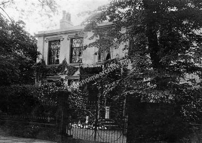Platt House, photographed in 1908.