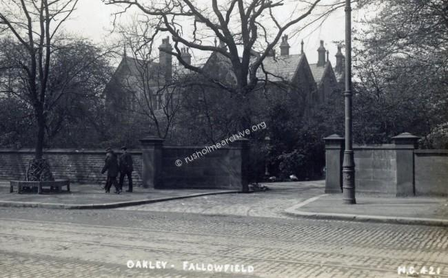 Oakley, Fallowfield Brow