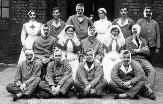Patients & Nurses, Ducie School 1916